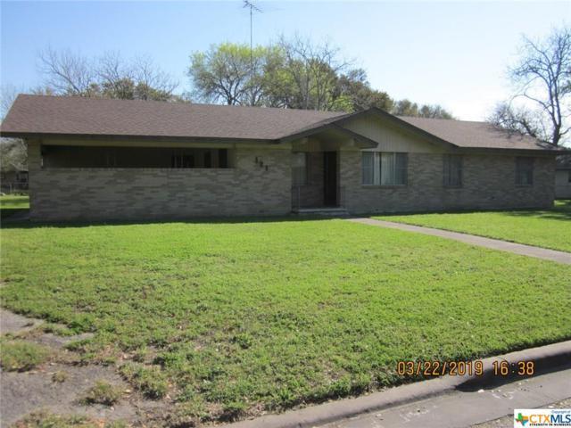 1213 W Avenue J, Shiner, TX 77984 (MLS #372870) :: RE/MAX Land & Homes