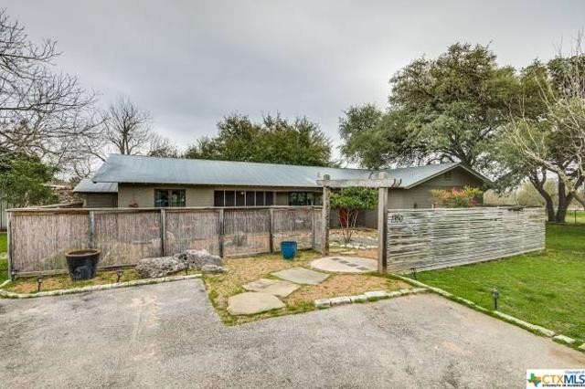 1350 Ervendberg, New Braunfels, TX 78130 (MLS #373324) :: The i35 Group