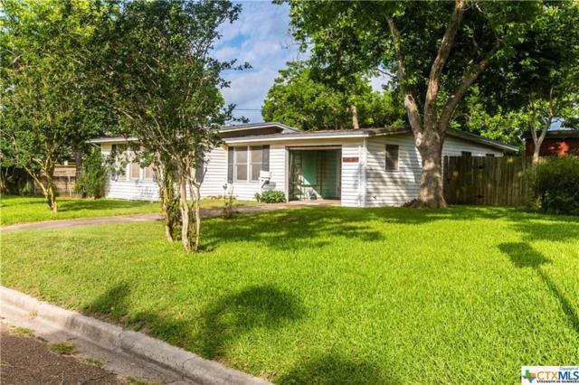 1404 N Hunt, Cuero, TX 77954 (MLS #380135) :: Kopecky Group at RE/MAX Land & Homes