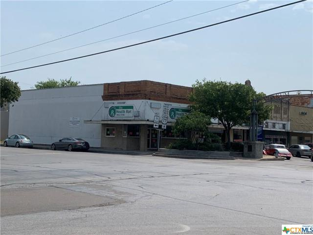 223 W Grand Avenue, Yoakum, TX 77995 (MLS #380387) :: Kopecky Group at RE/MAX Land & Homes