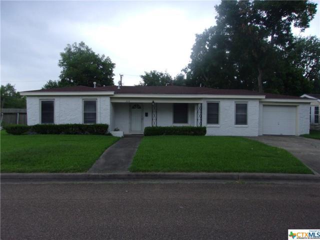 206 Lariat Lane, Victoria, TX 77901 (MLS #381874) :: Kopecky Group at RE/MAX Land & Homes
