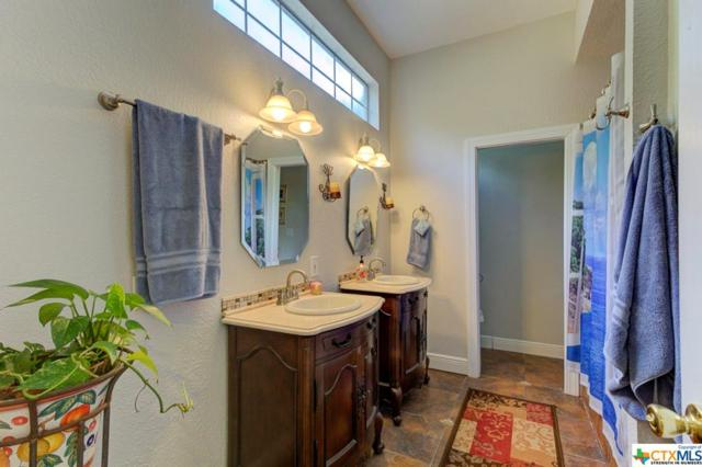 343 W Bridge Street, New Braunfels, TX 78130 (MLS #383155) :: The i35 Group