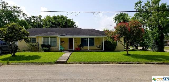 204 E Mahan, Port Lavaca, TX 77979 (MLS #383744) :: Kopecky Group at RE/MAX Land & Homes