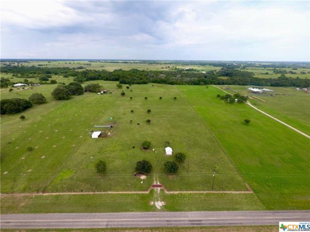 7133 Fm 957, Hallettsville, TX 77964 (MLS #383925) :: RE/MAX Land & Homes