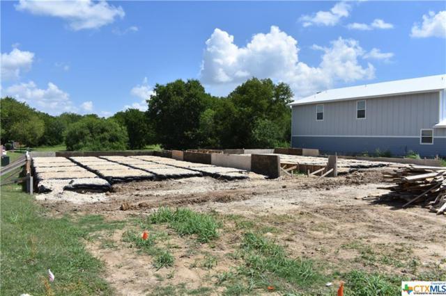 938 Country Club, Seguin, TX 78155 (MLS #384204) :: Berkshire Hathaway HomeServices Don Johnson, REALTORS®
