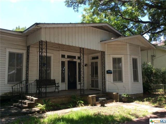607 E Santa Rosa Street, Victoria, TX 77901 (MLS #384610) :: The Graham Team