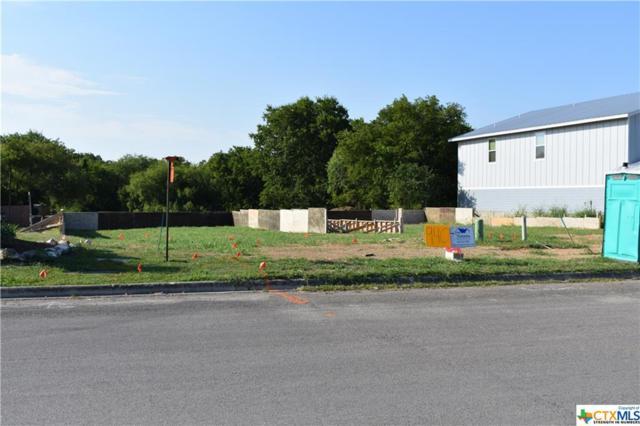 940 Country Club, Seguin, TX 78155 (MLS #385050) :: Berkshire Hathaway HomeServices Don Johnson, REALTORS®