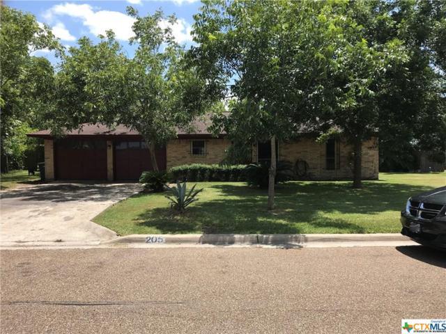 205 Lariat Lane, Victoria, TX 77901 (#387279) :: Realty Executives - Town & Country