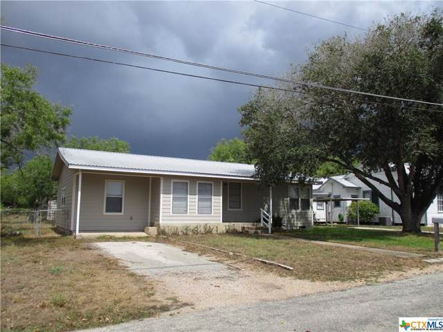 606 Lavaca Street, Cuero, TX 77954 (MLS #389981) :: Kopecky Group at RE/MAX Land & Homes