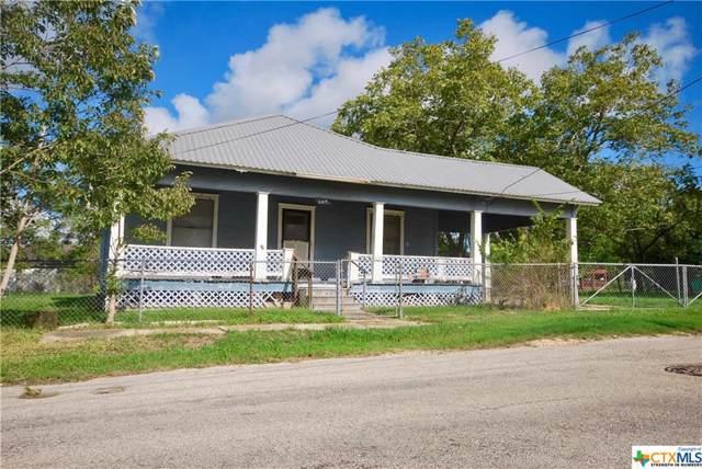 108 Montgomery Street, Yoakum, TX 77995 (MLS #391645) :: RE/MAX Land & Homes