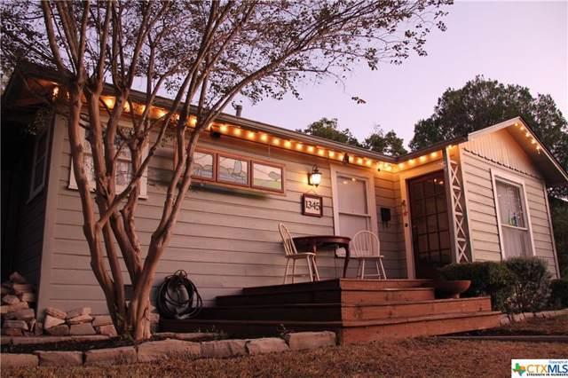 1345 Lee Street, New Braunfels, TX 78130 (MLS #393114) :: Erin Caraway Group