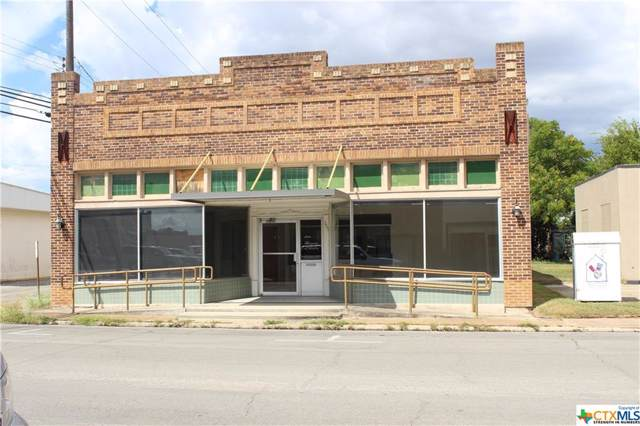 111 Nelson Street, Yoakum, TX 77995 (MLS #394123) :: The Zaplac Group
