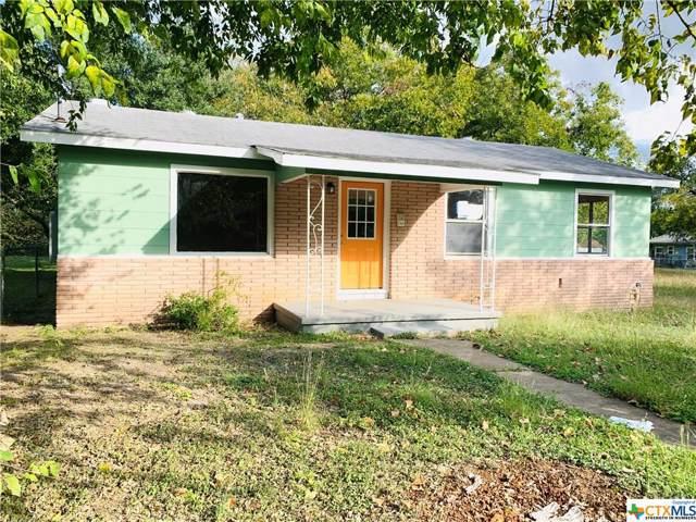 407 Short Avenue, Seguin, TX 78155 (MLS #396791) :: Kopecky Group at RE/MAX Land & Homes