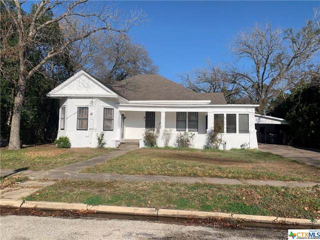715 Saint George Street, Gonzales, TX 78629 (MLS #399125) :: Kopecky Group at RE/MAX Land & Homes