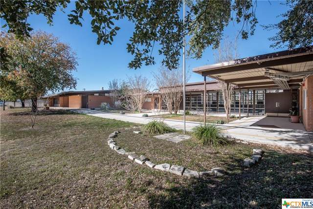 225 Saunders Avenue, Seguin, TX 78155 (MLS #399151) :: The i35 Group