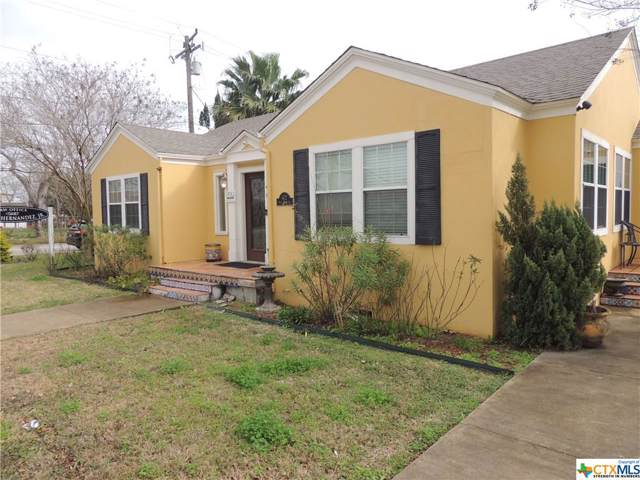 402 W Main Street, Port Lavaca, TX 77979 (MLS #399455) :: The Zaplac Group