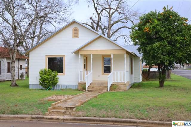403 N Avenue E, Shiner, TX 77984 (MLS #399529) :: The Graham Team