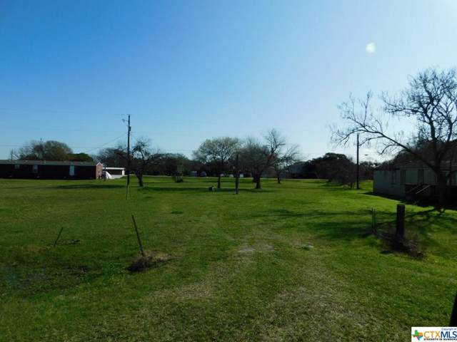 268 Swallow, Palacios, TX 77465 (MLS #399596) :: Brautigan Realty