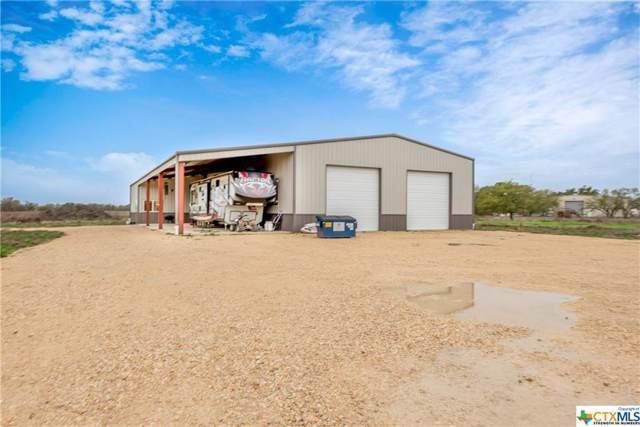 310 Van Meter Lane, Seguin, TX 78155 (MLS #400002) :: Berkshire Hathaway HomeServices Don Johnson, REALTORS®