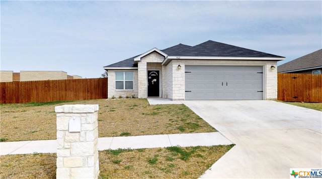 902 2nd Street, Cuero, TX 77954 (MLS #400037) :: Kopecky Group at RE/MAX Land & Homes