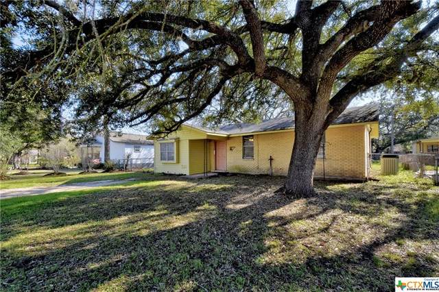 1314 E Travis Street, Luling, TX 78648 (MLS #402329) :: Brautigan Realty