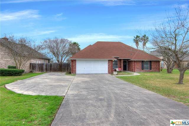 121 Trails End, Seguin, TX 78155 (MLS #403091) :: The i35 Group