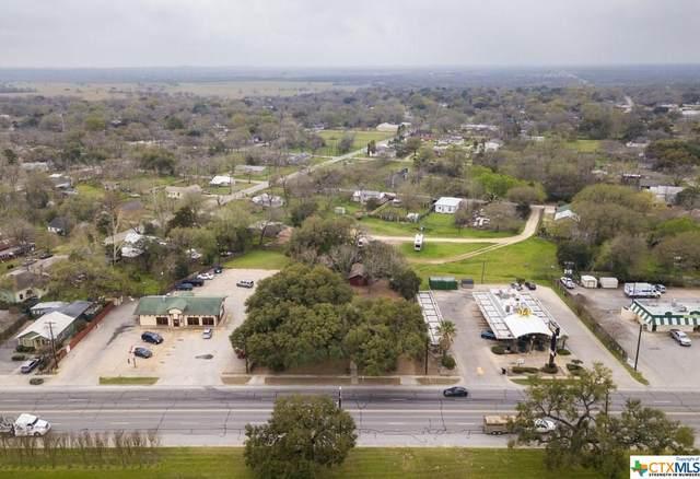 930 E Pierce Street, Luling, TX 78648 (MLS #404046) :: Brautigan Realty