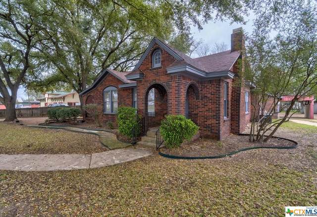 930 E Pierce Street, Luling, TX 78648 (MLS #404419) :: Kopecky Group at RE/MAX Land & Homes
