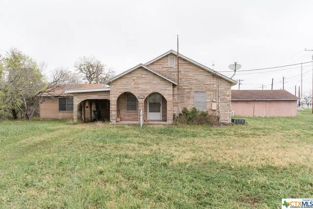 516 E Alexander Street, Cuero, TX 77954 (MLS #404588) :: Kopecky Group at RE/MAX Land & Homes