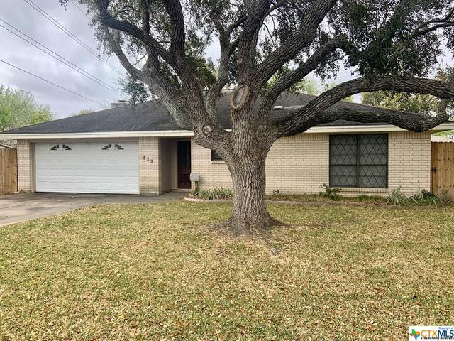 113 Chevy Chase Street, Port Lavaca, TX 77979 (MLS #405778) :: Kopecky Group at RE/MAX Land & Homes