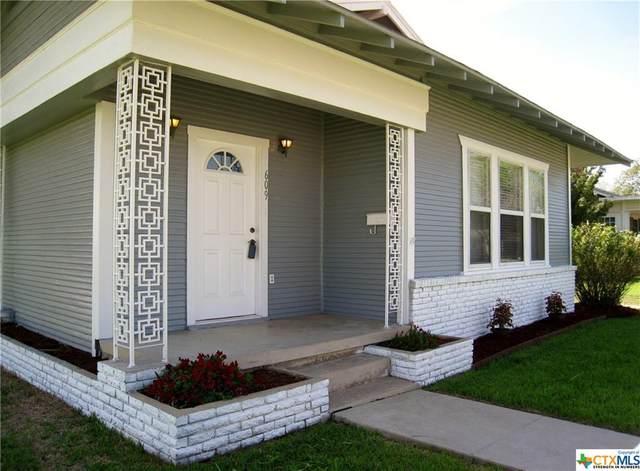 609 E Weinert Street, Seguin, TX 78155 (MLS #405930) :: Brautigan Realty