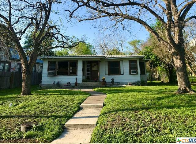 622 E Mountain Street, Seguin, TX 78155 (MLS #406190) :: Kopecky Group at RE/MAX Land & Homes