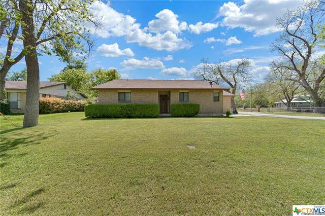 104 Trail Wood, New Braunfels, TX 78130 (MLS #406383) :: Kopecky Group at RE/MAX Land & Homes