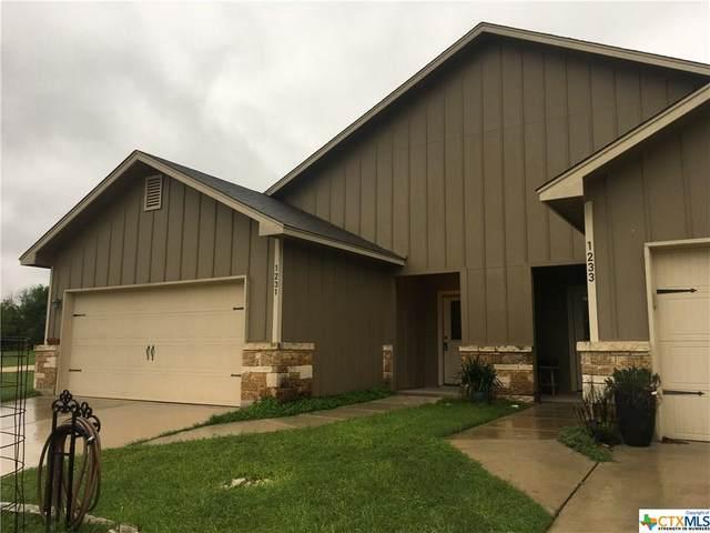 1231 Ervendberg Avenue, New Braunfels, TX 78130 (MLS #406515) :: Vista Real Estate