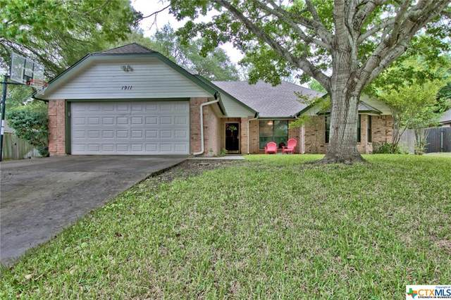 1911 Palace Drive, New Braunfels, TX 78130 (MLS #406630) :: The Real Estate Home Team