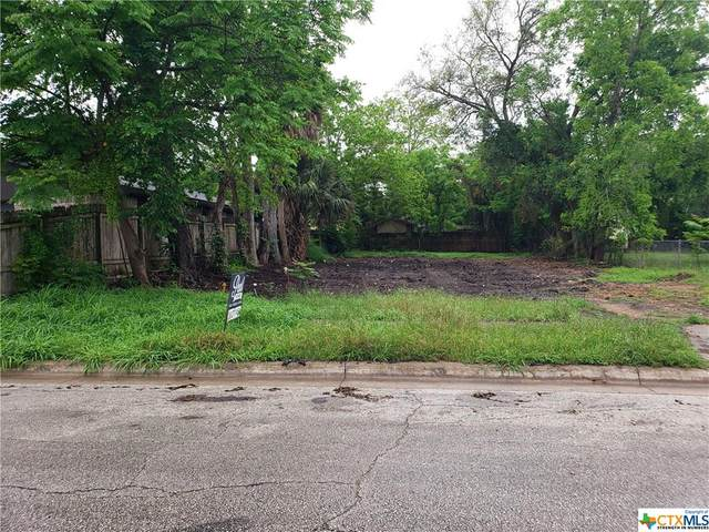 613 W Brazos Street, Victoria, TX 77901 (MLS #406722) :: Kopecky Group at RE/MAX Land & Homes