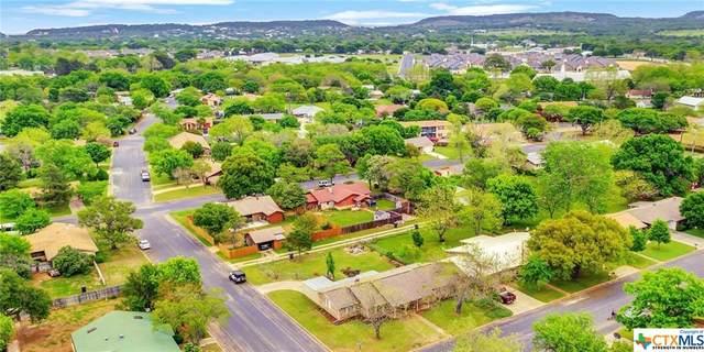 112 Glenmoor Drive, Fredericksburg, TX 78624 (MLS #407799) :: Berkshire Hathaway HomeServices Don Johnson, REALTORS®