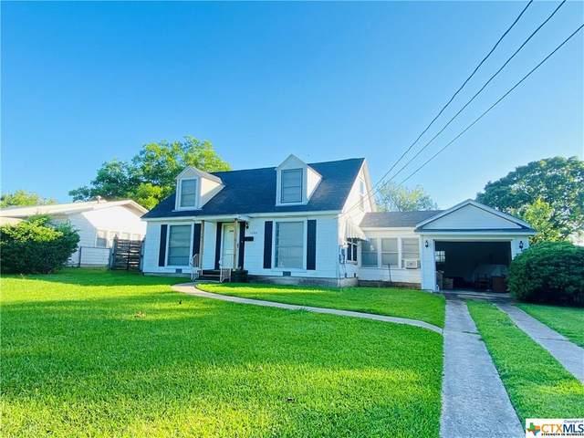 1204 Hopkins Street, Yoakum, TX 77995 (MLS #408657) :: RE/MAX Family
