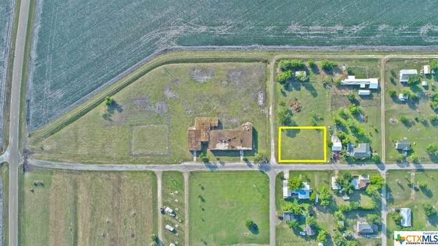 206 S Mernitz Street, Austwell, TX 77950 (MLS #410873) :: Kopecky Group at RE/MAX Land & Homes