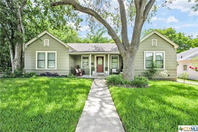 368 S Walnut Avenue, New Braunfels, TX 78130 (MLS #412559) :: Kopecky Group at RE/MAX Land & Homes