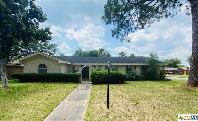211 King Arthur Street, Victoria, TX 77904 (MLS #413720) :: The Zaplac Group