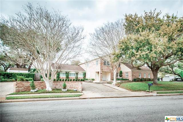 301 Woodglenn, Victoria, TX 77904 (MLS #414336) :: RE/MAX Land & Homes