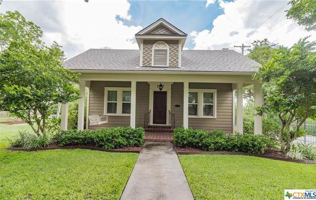 707 W Commercial Street, Victoria, TX 77901 (MLS #414609) :: The Real Estate Home Team