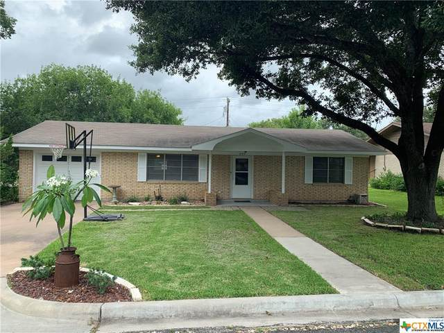 207 Klesel Street, Schulenburg, TX 78956 (MLS #414702) :: The Real Estate Home Team