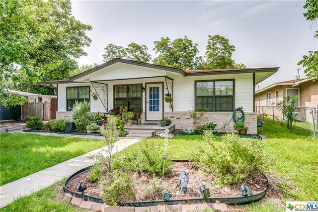 477 W Nacogdoches Street, New Braunfels, TX 78130 (MLS #414936) :: The Real Estate Home Team