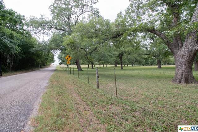 Marion, TX 78124 :: RE/MAX Land & Homes