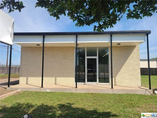 2202 Wildwood Street, Victoria, TX 77901 (MLS #415081) :: RE/MAX Family