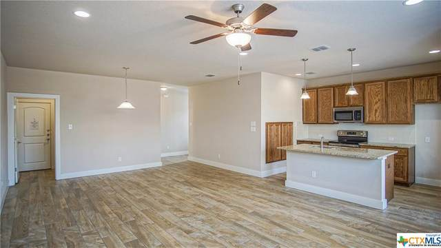 939 Langesmill Branch, New Braunfels, TX 78130 (MLS #417431) :: Kopecky Group at RE/MAX Land & Homes