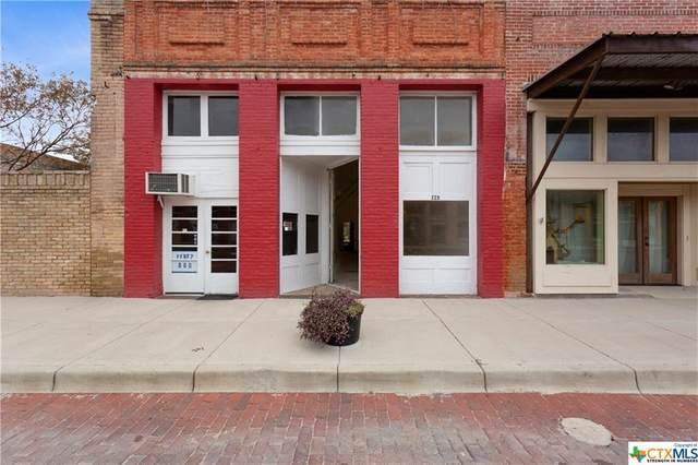 220 E Clark Street, Bartlett, TX 76511 (MLS #417621) :: Kopecky Group at RE/MAX Land & Homes