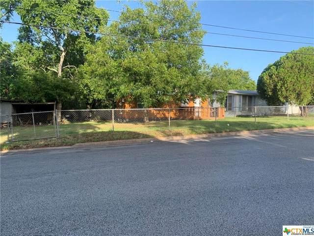 1415 Robertson Street, Gonzales, TX 78629 (MLS #418046) :: RE/MAX Family